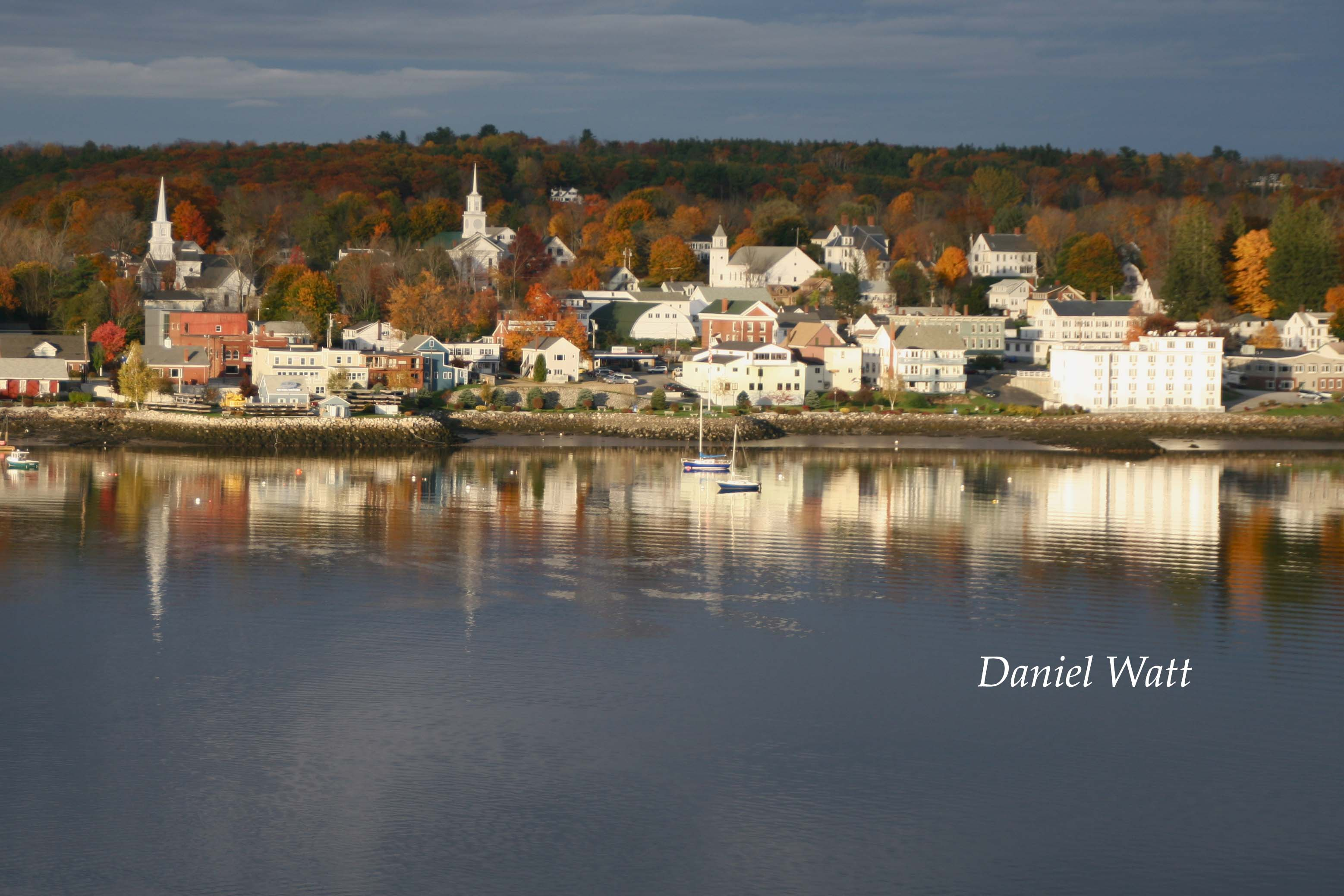 The Bucksport Motor Inn Overlooking Pescot River Is Centrally Located To Some Of Maine S Most Frequently Visited Coastal Towns