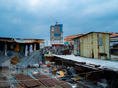 コロナ渦で起きる貧困化