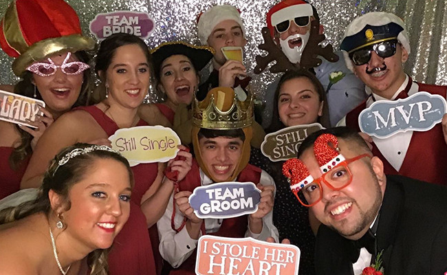 Event-Services-Group-Photo-Booth-Wedding