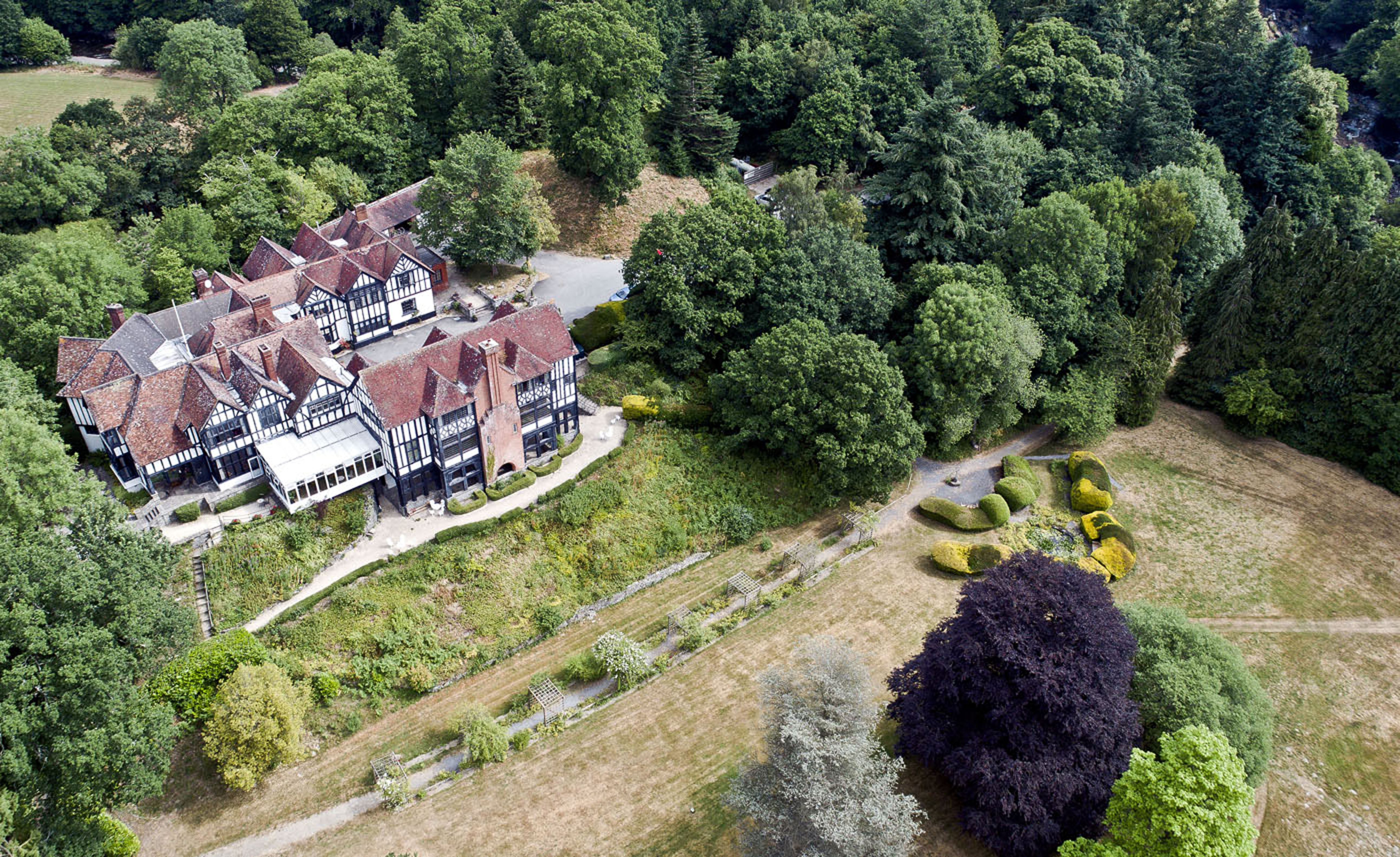 Cae Beris Manor (2)