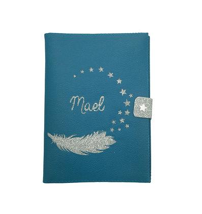 Protège carnet de santé en Simili cuir Bleu canard plume et étoiles