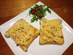 2 Eggs with Toast (Scrambled)