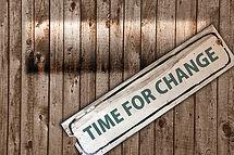 écriteau avec la mention : il est temps de changer