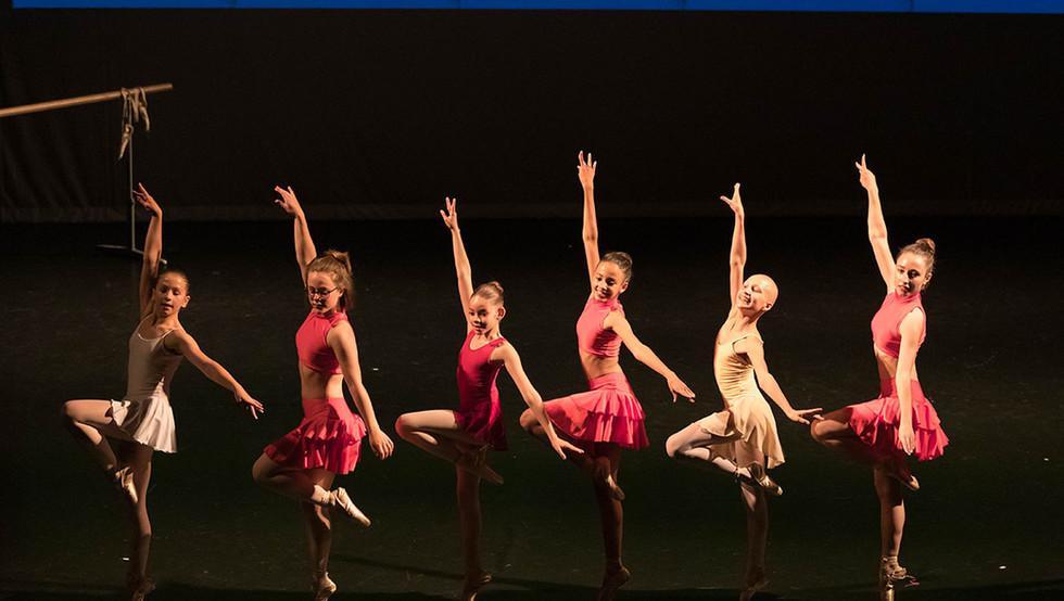 DanceArt_center-stage_08.jpg
