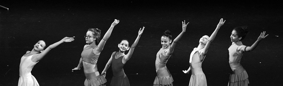 DanceArt_center-stage_014.jpg