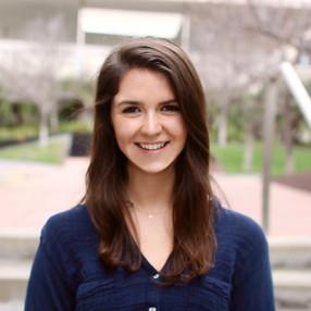 Lindsey Larson, CMC '22