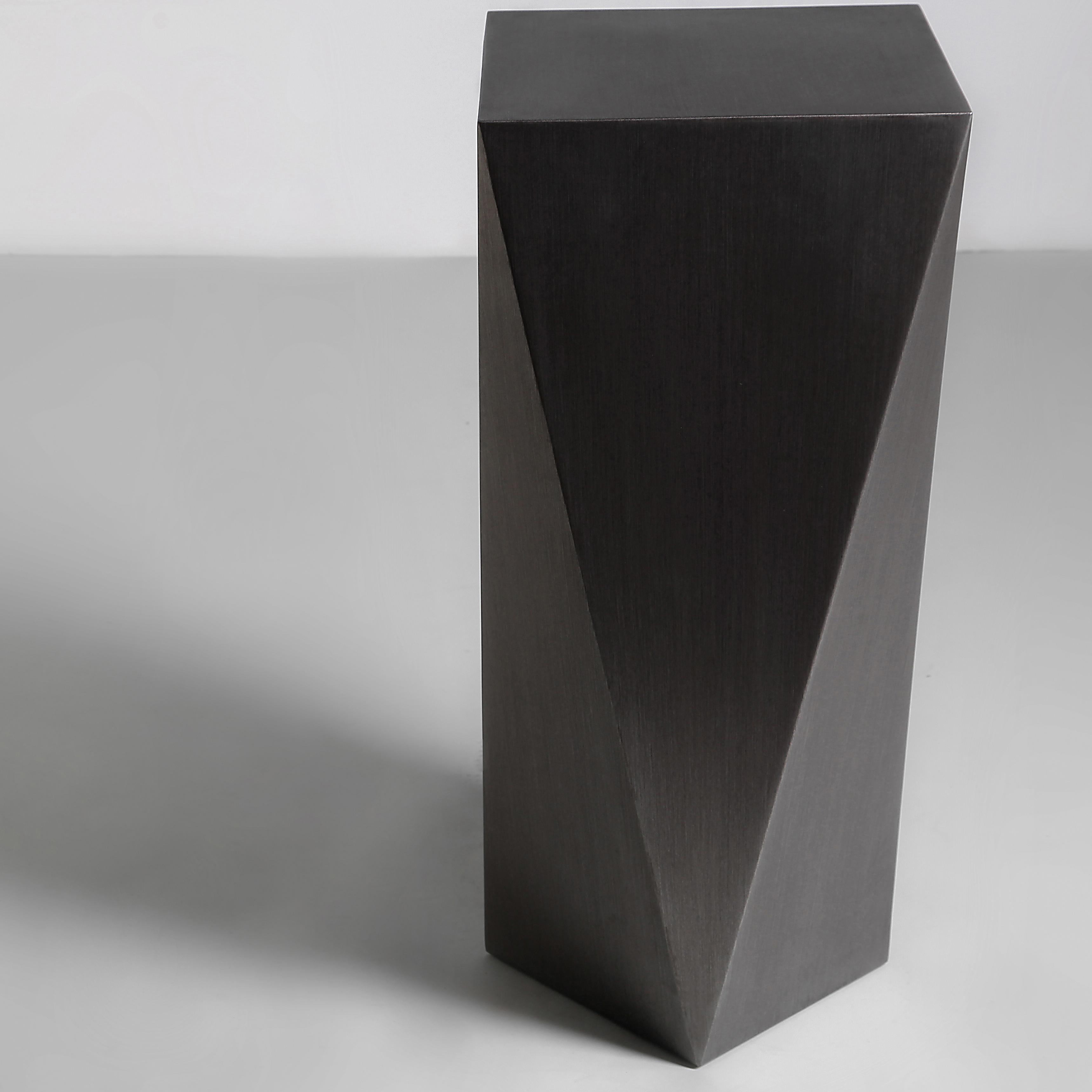 CARAT - M - Pedestal