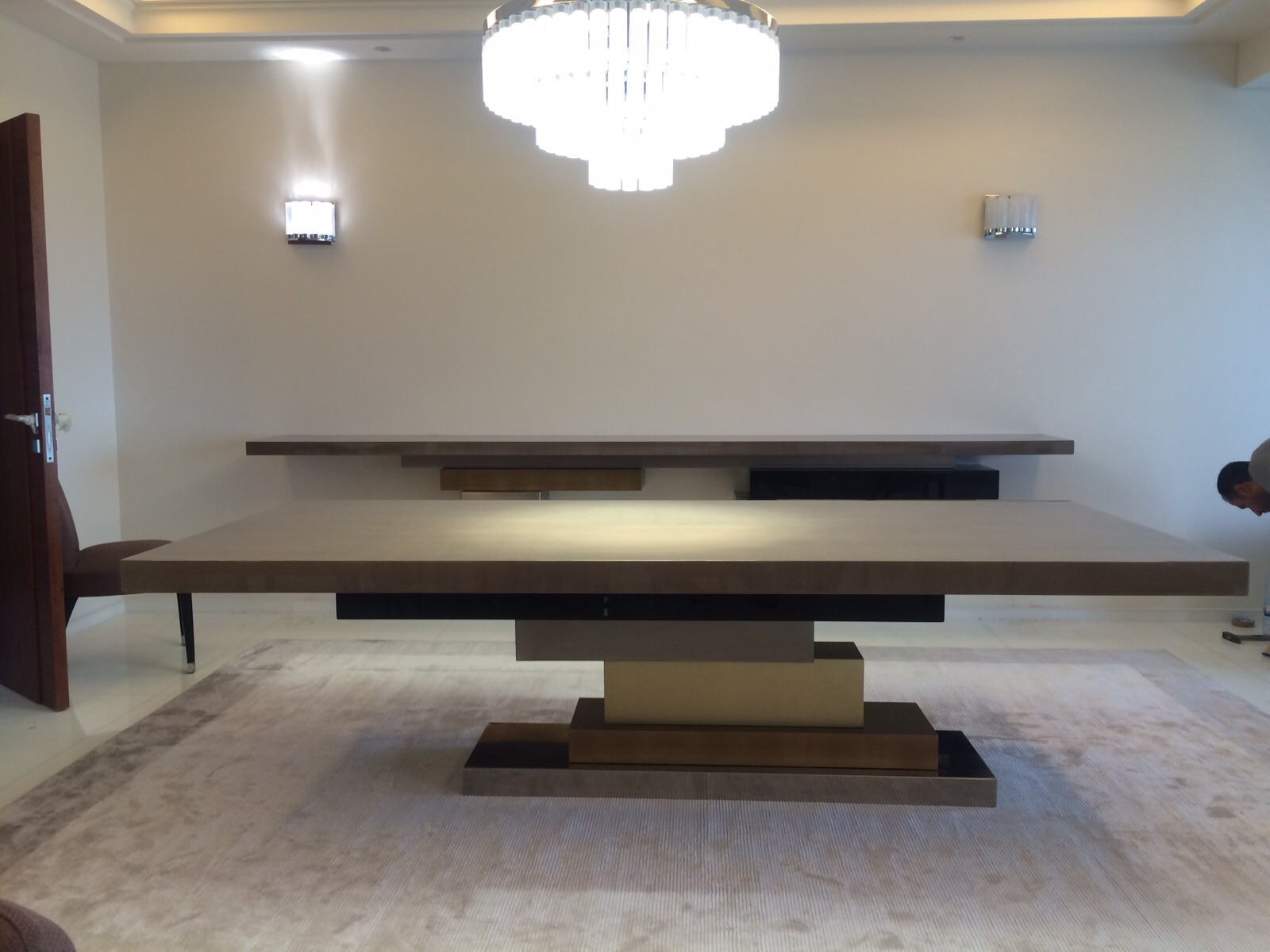STRATOS - Dining Table and Console
