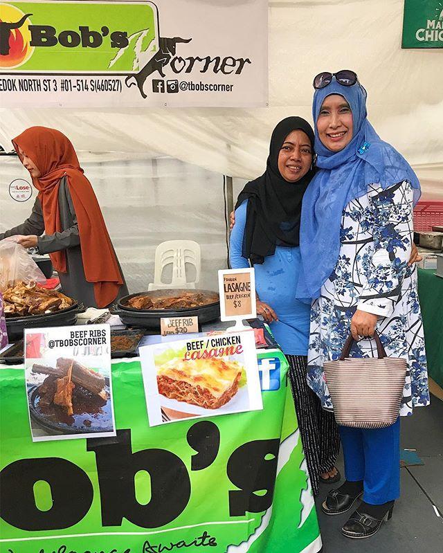 Bersama _warna942 dj Suharti Ali and family! Hope you all enjoyed the lamb rack!_