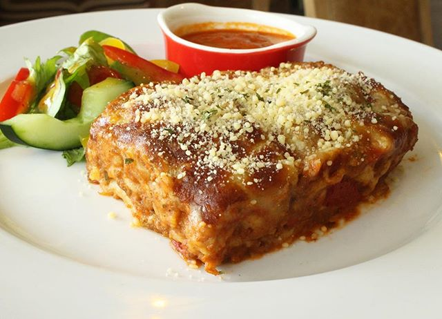 Layers upon layers of cheesy tomato meaty goodness. Beef or chicken lasagne available._