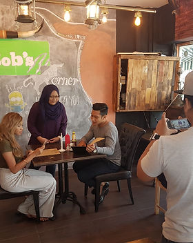 music video shoot by Juffri Alui for his music video Ku Tetap Menanti, with Fatin Amira, and Lovehunters Singapore