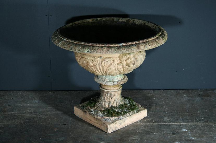 Blashfields Garden Urn SOLD