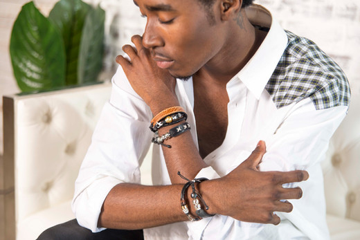 Stitches leather bracelet