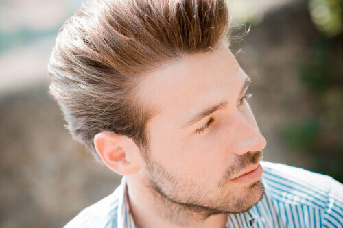 best hair style for men casual thick hairstyle for 500x333 j 4084 | file