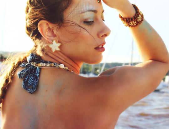 @daniellekwoka for June's Mermaid Collab Photo: @mariannebphotography Makeup: @lipstickandmagictricks