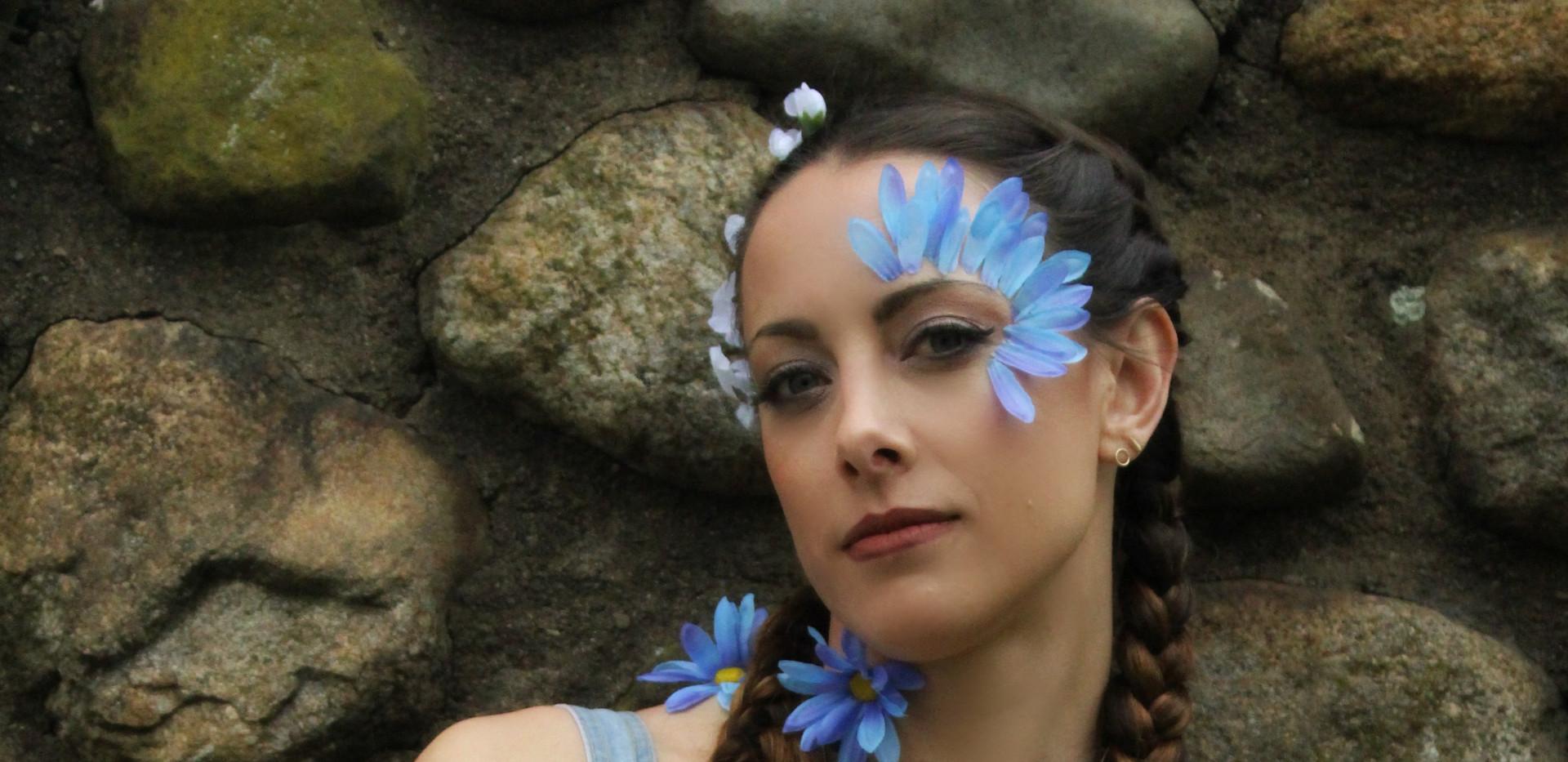 @daniellekwoka for May's Floral Collab Photo: @mariannebphotography Makeup: @lipstickandmagictricks