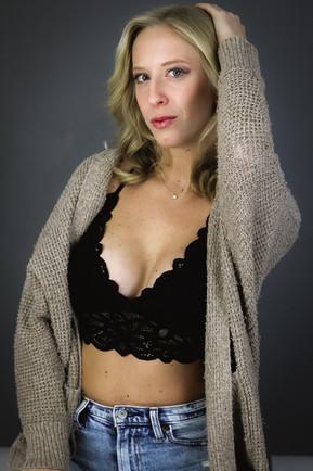 AFTER DARK / HOLIDAY 2020 Makeup: Lipstick & Magic Tricks Photo: Flint & Flower Photography Model: @brooke_schubert