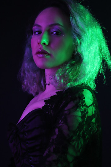 TWO-TONED / MAR 2021 Makeup: Lipstick & Magic Tricks Photo: Flint & Flower Photography Model: @rachelkordell