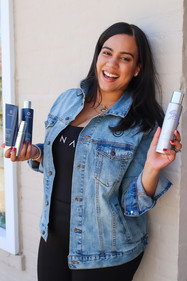 #BOSSBABE / APRIL 2021 Makeup: Lipstick & Magic Tricks Photo: Flint & Flower Photography Model: @karinas_vision