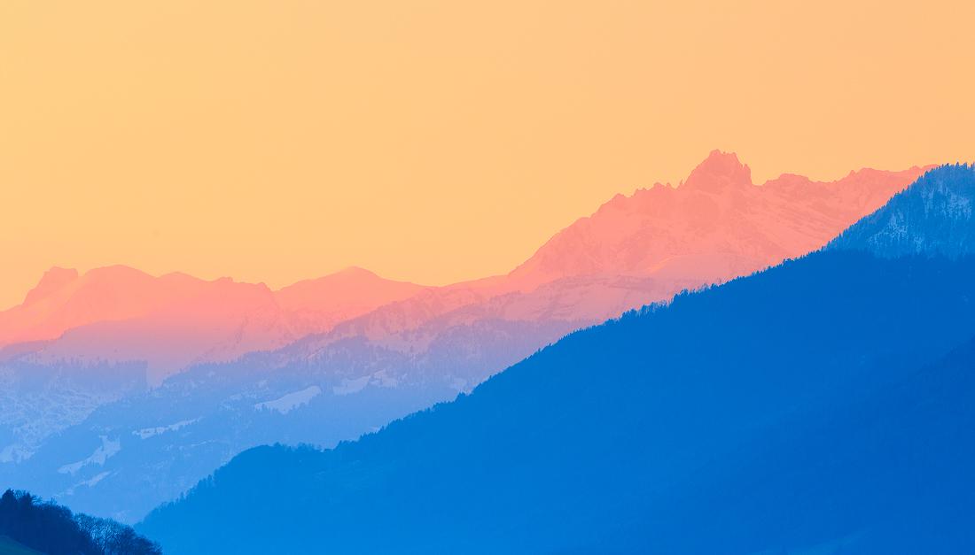 雪山日出4.jpg