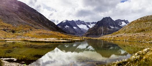 Aletsch-glacier-pano2s.jpg