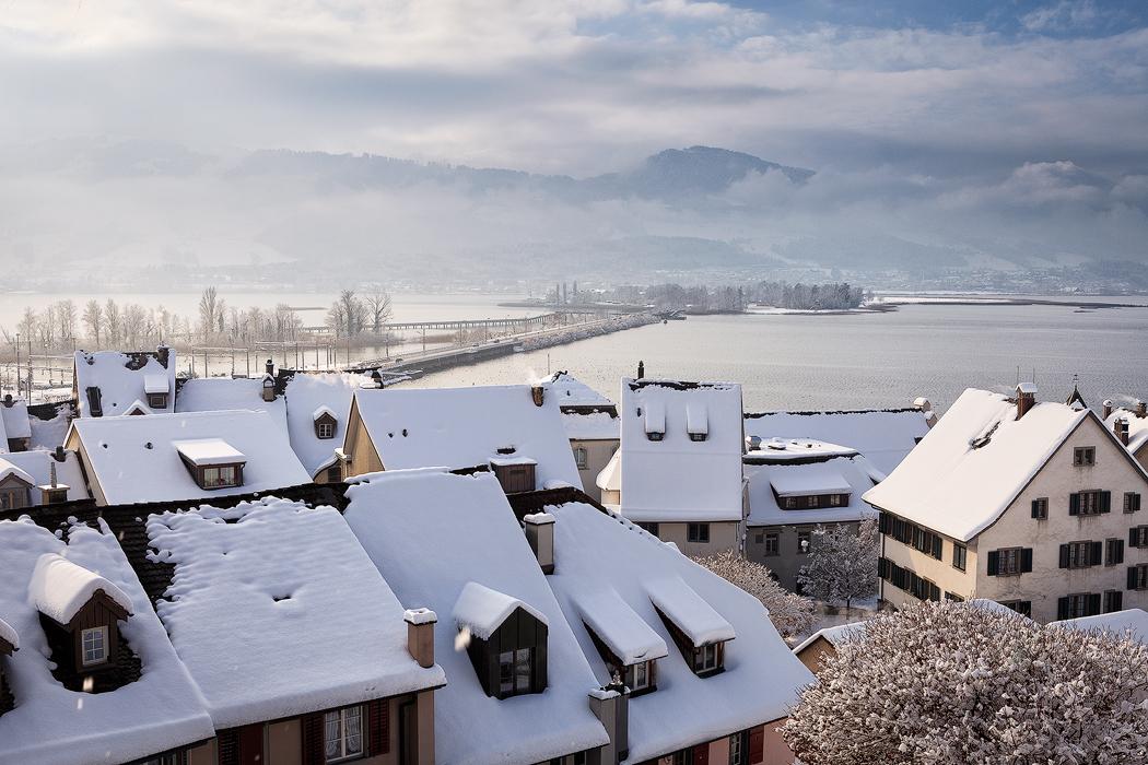 冬天的瑞士民居2.jpg