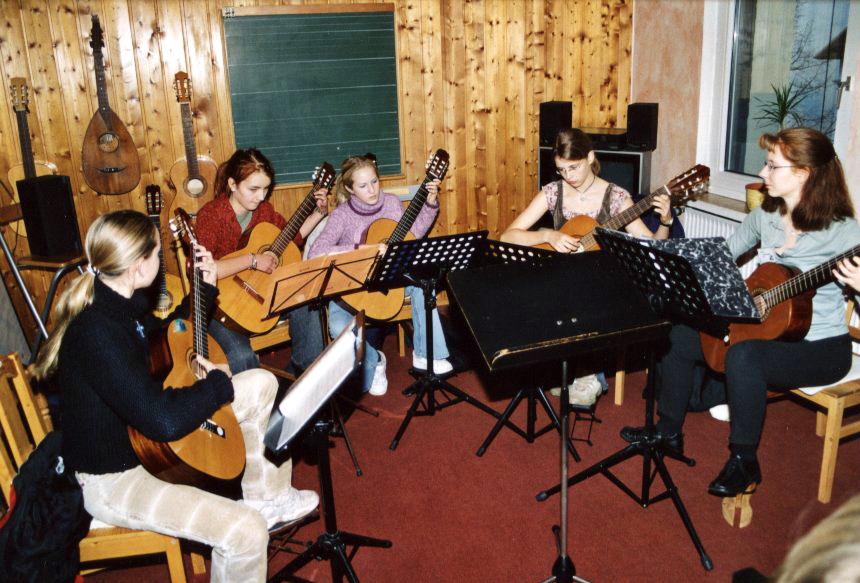 gitarrenensemble 2.JPG