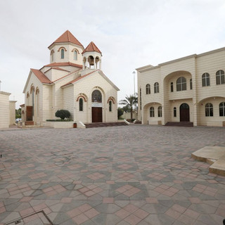 pulse-me-armenian-church-abudhabi-1.jpg