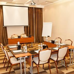 pulse-me-donatello-dubai-meeting-room-3.