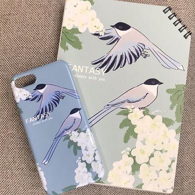 ._iPhoneケースはノートより青みが強くなっております🕊_雰囲気が少し変わ