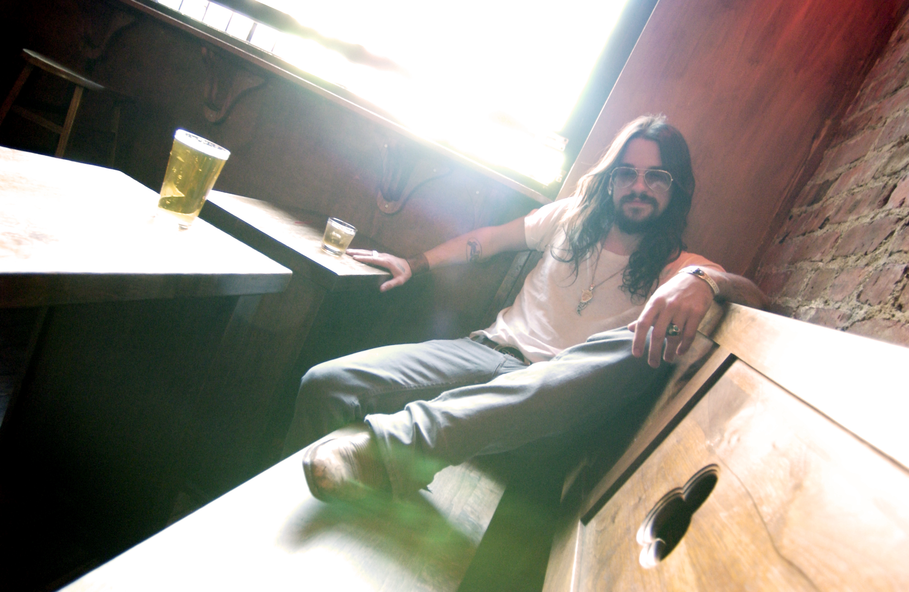 Shooter Jennings Spring St Lounge