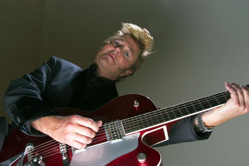 Brian Setzer Stray Cats