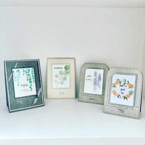 Vintage Photo Frame with Mini Watercolor and Quotes