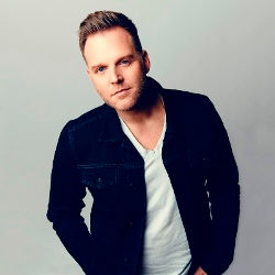 Matthew West thumb.jpg