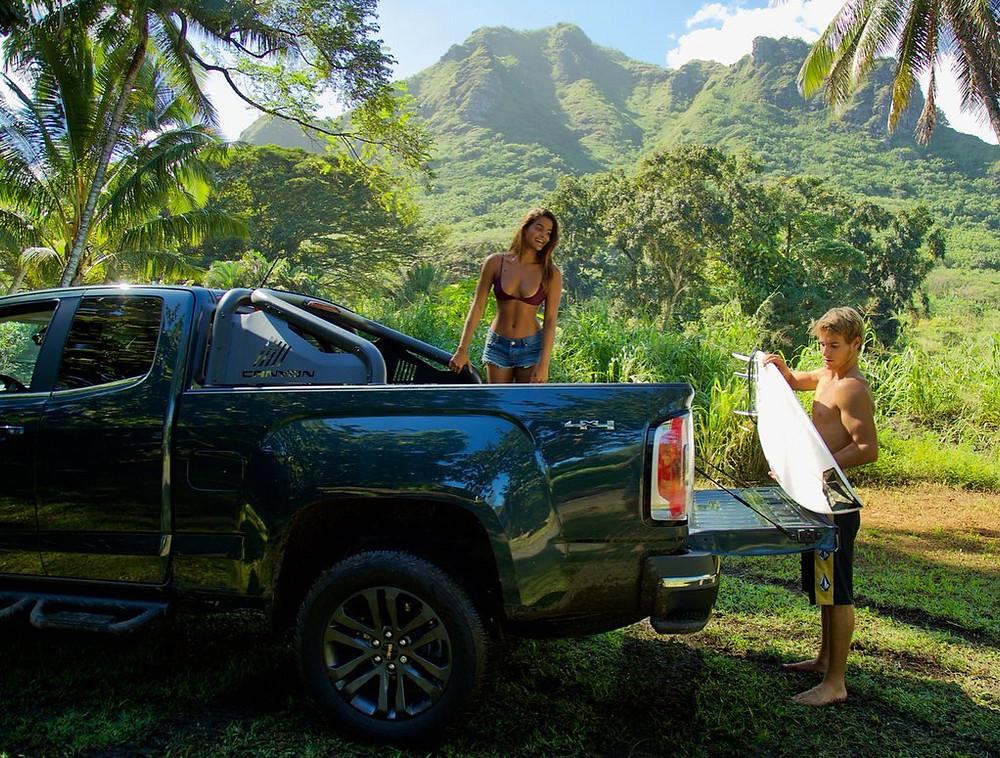 ג'ק רובינסון מטייל בהוואי