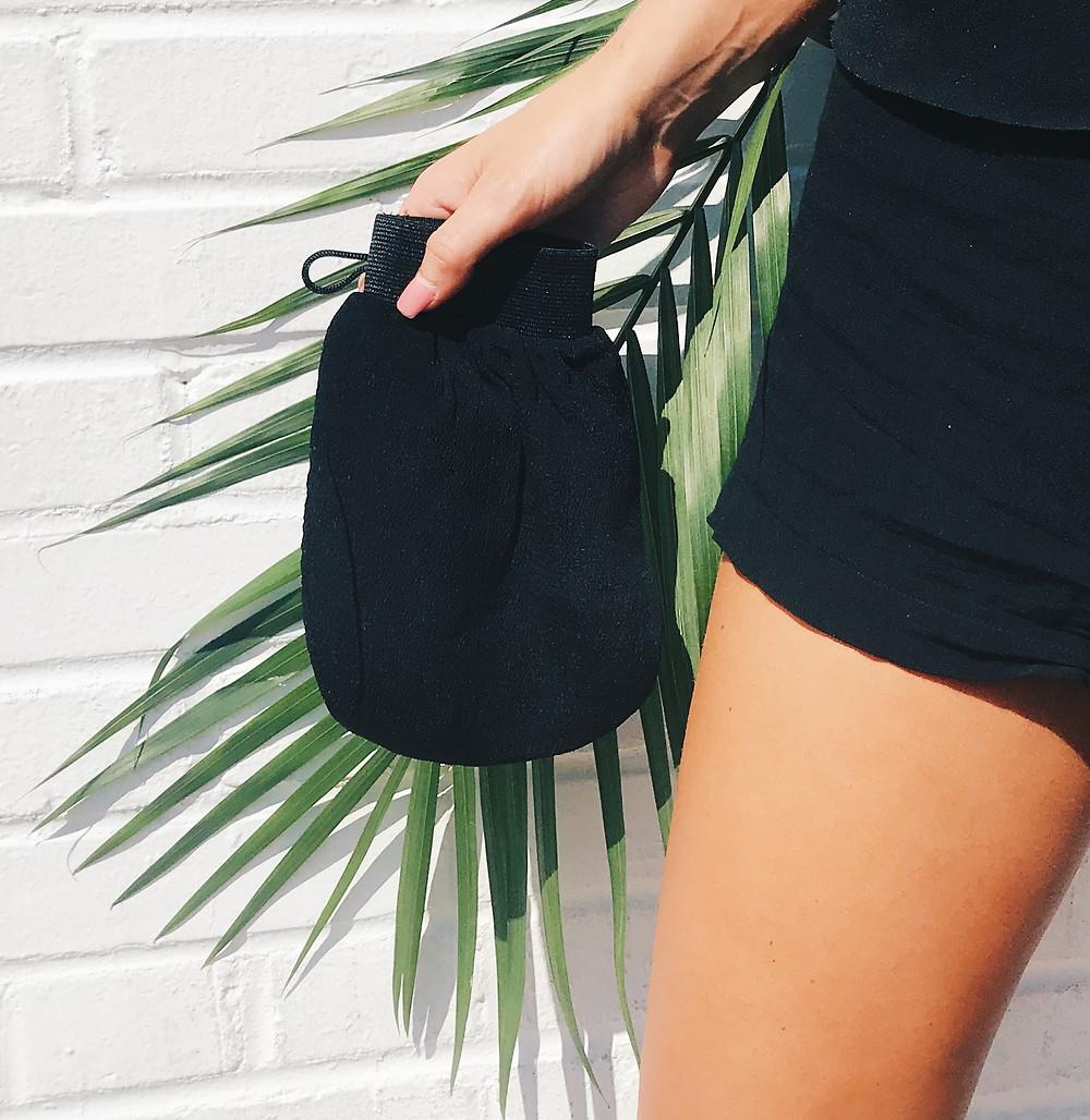 5 Reasons Why Your Tan Is Orange- shady sun