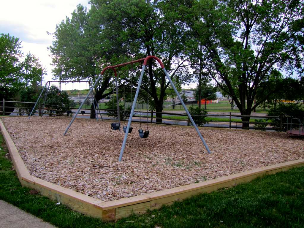 Playgrounds and proximity to schools