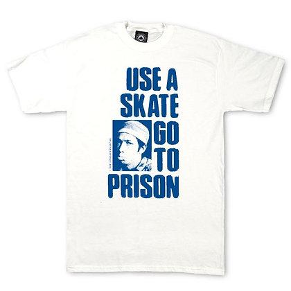 Thrasher Use a Skate go to Prison Tshirt Wht