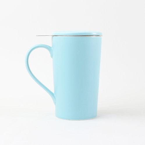 Tasse en porcelaine avec infuseur et couvercle, bleu clair