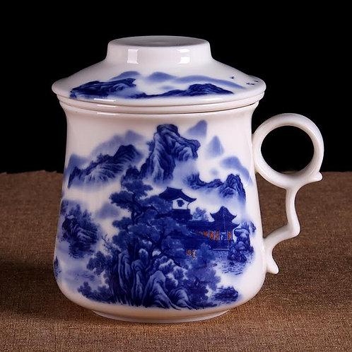 Tasse en porcelaine paysage bleu et blanc