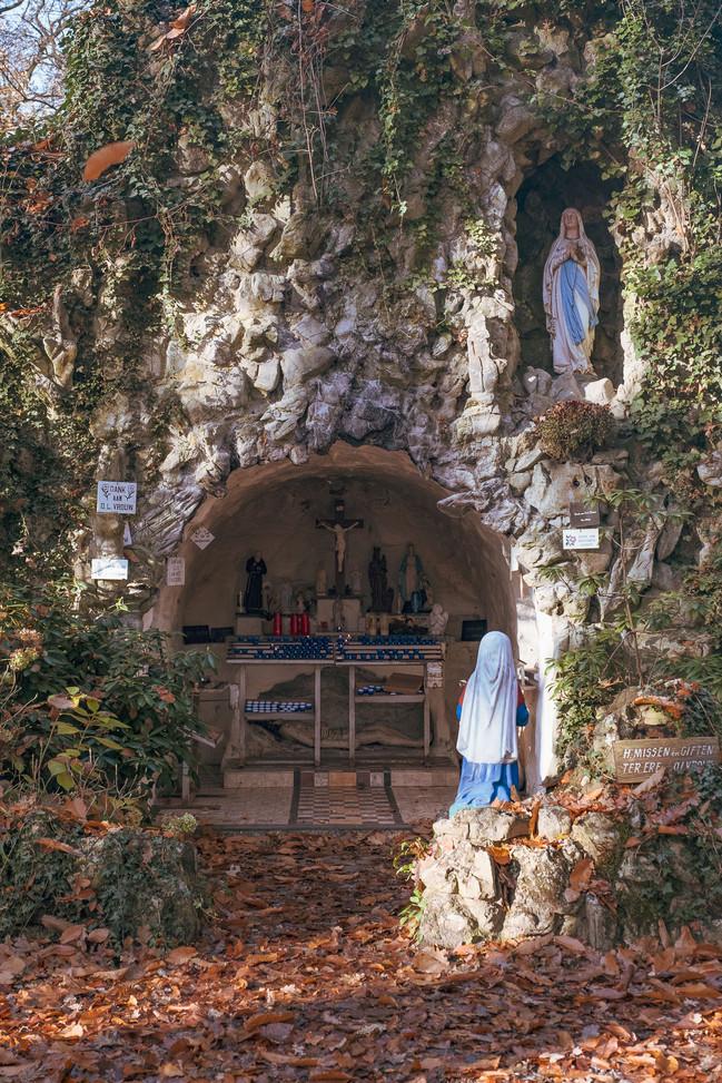 De Lourdes-grot in Vleteren