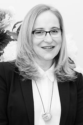 ד״ר אסתי גפן המרכז לאסתטיקה פנים וצוואר