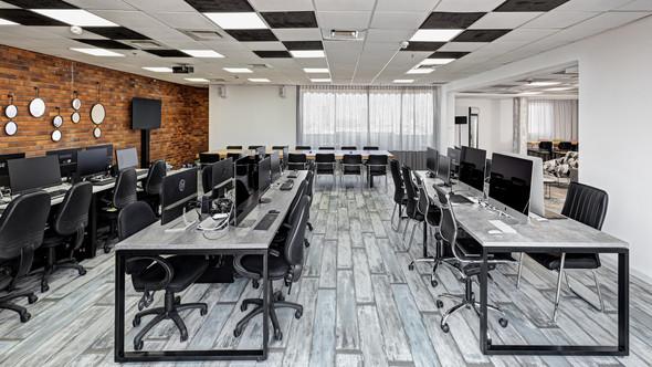 עיצוב פנים לחדרי עבודה גדולים וקטנים