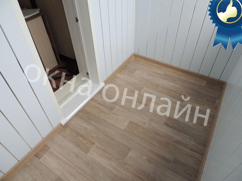 Обшивка-лоджии-ПВХ-панелью-49.7