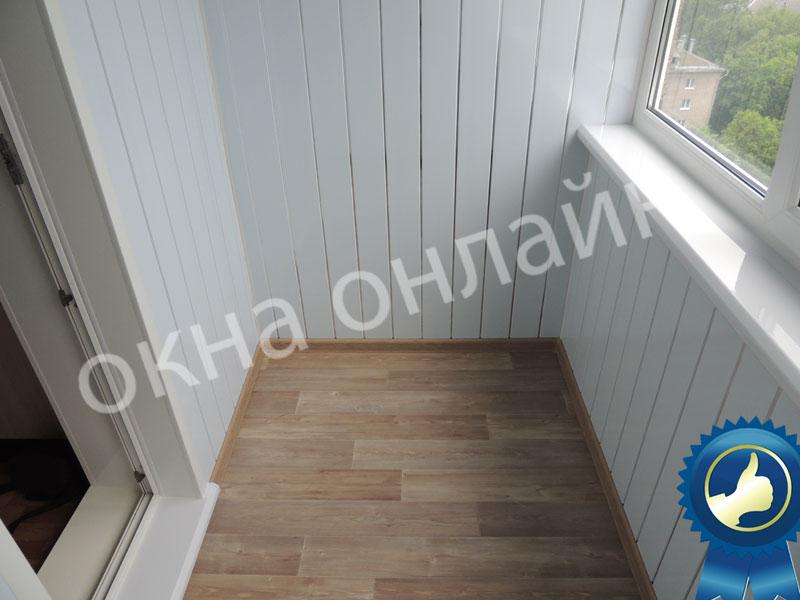Обшивка-лоджии-ПВХ-панелью-49.8
