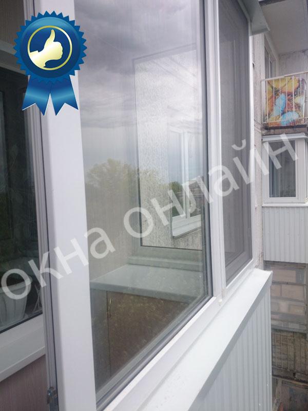Обшивка балкона ПВХ панелью 17.4