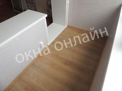 Обшивка-лоджии-ПВХ-панелью-75.1