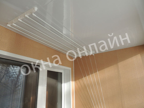 Обшивка-балкона-ПВХ-панелью-108.7.JPG