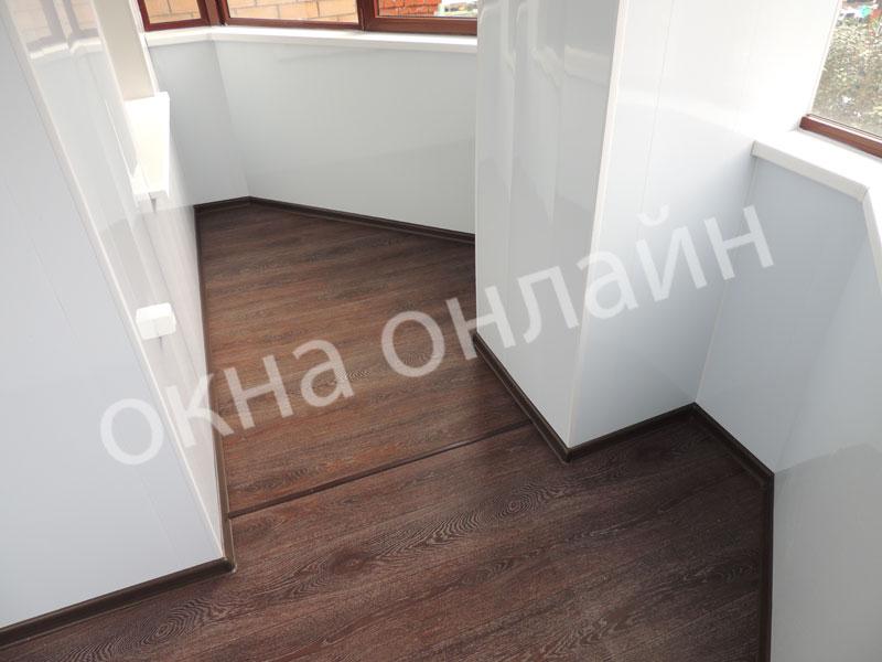 Обшивка-лоджии-ПВХ-панелью-88.2