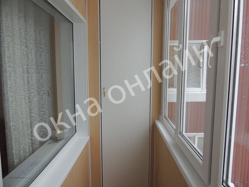 Обшивка-лоджии-ПВХ-панелью-61